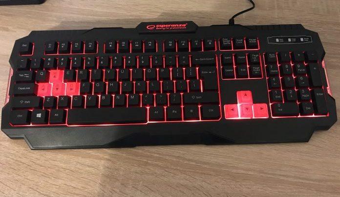 Tastatura de gaming ieftina